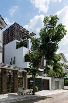 Scandinavian Design: Home of an Interior Designer in Oslo by Steen & Aiesh Facade Design, Exterior Design, Interior And Exterior, D House, Facade House, Nova Deli, Home Fashion, Scandinavian Design, Interior Architecture