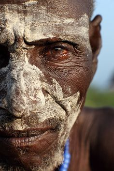 Male, old, dark skin, brown eyes, grey hair We Are The World, People Around The World, Wonders Of The World, Ethiopian Tribes, Tribal People, All About Africa, Many Faces, Interesting Faces, World Cultures