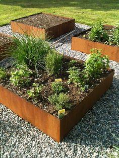 Raised Vegetable Garden Beds Can Be A Great Gardening Option – Handy Garden Wizard Potager Garden, Garden Edging, Vegetable Garden, Terrace Garden, Building Raised Garden Beds, Raised Beds, Scandinavian Garden, Plantation, Dream Garden