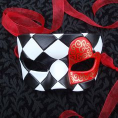 Red Knave Of Hearts mask #harlequin
