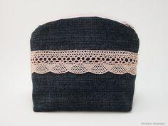 Kosmetiktasche Jeans Tasche mit rosa Spitze von rAinbowcAraways