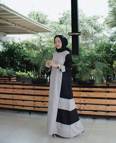 Dress Muslim Modern, Muslim Long Dress, Abaya Fashion, Muslim Fashion, Hijab Trends, Abaya Designs, Hijab Chic, Islamic Clothing, Beautiful Hijab