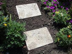 Homemade Mamas: Garden Stepping Stones