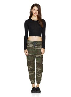 TNA ALIX PANT - Authentic camo print, specially treated for softness