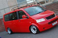 Vw Transporter Campervan, Vw T5, Transporteur Volkswagen, Vans Vw, Vw Camper Conversions, Mini Bus, Cool Vans, Van Camping, Ford Transit