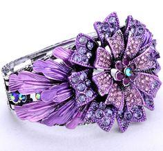 Beautiful vintage purple swarovski crystal flower bracelet...