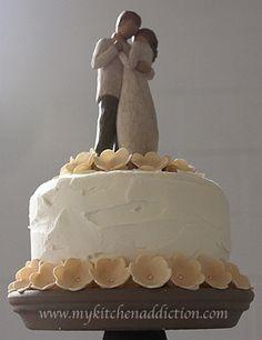 Winter Wedding Cake and Cupcakes | my kitchen addiction