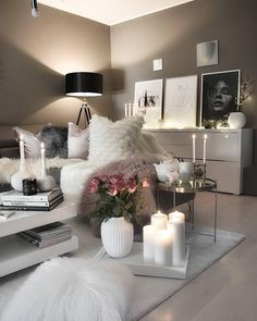 20 Very Cozy and Relaxing Living Room Decor Ideas to Renovate Your Home Black Living Room Decor, My Living Room, Interior Design Living Room, Living Room Designs, Small Living, Modern Living, Cozy Grey Living Room, Decoration Inspiration, Decor Ideas