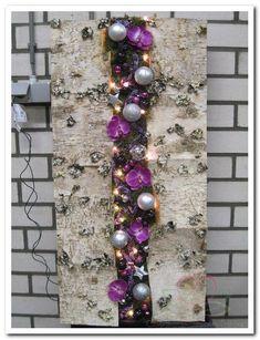 Ilse Cortooms: Het paneel is vorig jaar ook al gemaakt :) je gebruikt een isolatieplaat en daar komen stroken #berkenschors op bevestigd met... #Bloemschikken #Decoreren goedkoop-bloemschikken.nl