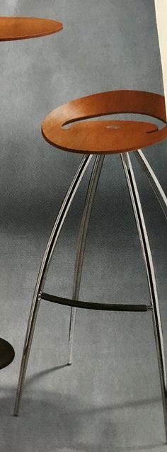 Lyra barkrukken 3x kersen, keuken, 68h zitgedeelte (+10), grootste diameter 55m