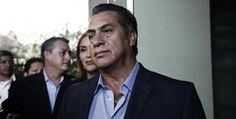 """""""Jefe"""" Diego, Mancera y Julio César Chávez arropan al """"El Bronco"""""""