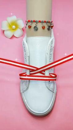 Cool Ways To Tie Shoelaces. Amp up your sneaker style with these neat ideas. #shoelace #tyingshoes #foryou #shoelaces #amazing  #amazing #learningtodog #celebratedoctors