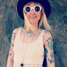 #Californie #california #asos #tattoogirl #inked #inkedgirl #tattoo #tatouage #blondgirl #boheme #boho #bohostyle #wildfox #wildfoxsunglasses #wildfoxbelair #summer #gypsy #hippie #hippiestyle #beach #roadtrip #look #mode #style #kewpie #traditionnaltattoo