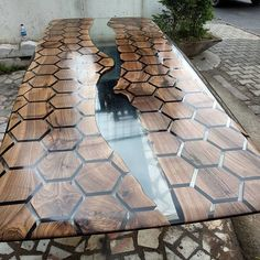 Super Clear epoxy river table 😍 Do you like this design? 😍⁣… Woodworking for beginners Resin Furniture, Woodworking Furniture, Cool Furniture, Furniture Stores, Epoxy Resin Table, Wood Resin, Easy Woodworking Ideas, Woodworking Inspiration, Woodworking Tools