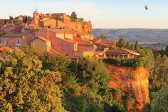 Im Vaucluse, dem Land des Savoir-Vivre, zeigt sich die Provence den Reisemobilisten von seiner schönsten Seite. Dort erwarten mobile Gäste sowohl sportliche Betätigung als auch bewusster Müßiggang.