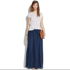 Madewell skyward maxi skirt Never worn but doesn't have a tag. Madewell Skirts Maxi