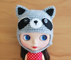Crochet Raccoon Helmet for Blythe by poppytreelane on Etsy