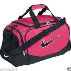 ed2762d981 Medium size nike duffle duffel bag sports travel gym pink   black brasilia  nwt