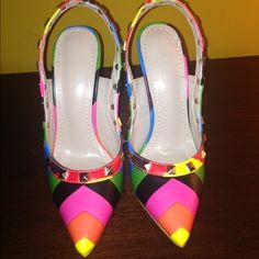 """NWOT Rainbow sling back inspired """"Rockstud"""" Inspired by the valentin⭕️ Rockstud. Rainbow sling back with 4"""" heel. Runs a bit small & narrow. Brand new, never been worn. Shoe Republic LA Shoes"""