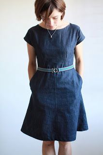 This dress is fantastic but out of print, and finally I found it in. German sewing magazine!! Fashion Style 3/2017 dress #24!!! One of these days I'm going to break out my new sewing machine and get to learnin' so I can make dresses like this! Plain jane dress - Vogue 7871