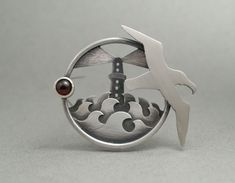 Porthole brooch by Lisa West Metal Clay Jewelry, Jewelry Art, Jewelry Design, Heart Jewelry, Oxidized Sterling Silver, Sterling Silver Jewelry, Jewellery Sketches, Silver Work, Unusual Jewelry