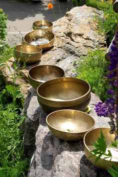 Meditation Crystals, Meditation Space, Meditation Music, Tibetan Bowls, Sound Bath, Spiritual Wellness, Sound Healing, Meditation Practices, Natural Healing