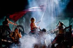 DO YOU SEE GRANTAIRE TRYING TO PULL ENJOLRAS DOWN OMG FEELS---pinning for that comment