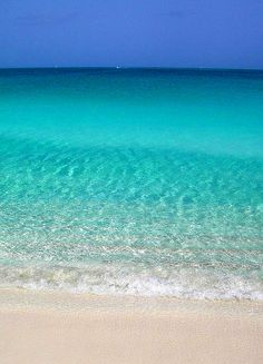 Splashes of Joy — Looks like Lizard Island on the Barrier Reef!!!