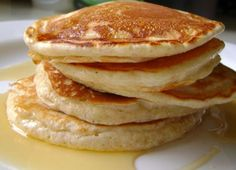 This recipe is a marvelous twist on traditional pancakes. They are flourless (hence gluten-free), dairy free and low calorie. These banana pancakes are so quick and easy to make, you can literally enjoy these banana pancakes in a snap.