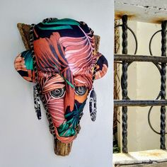 Textile and Palm Contemporary African Masks - &Banana Concept Store African Artwork, African Art Paintings, African Art Projects, Contemporary African Art, Masks Art, African Masks, Great Artists, Passport, Vibrant Colors