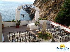 #casateenacapulco Realiza tu boda en el bello Hotel Mirador de Acapulco. TU BODA EN ACAPULCO. Si para celebrar tu boda estás buscando un lugar con una increíble vista al mar, el Hotel Mirador tiene esto y más, ya que su ubicación te permite disfrutar una de las vistas más espectaculares de la Bahía, y todos sus servicios son de gran calidad. Te invitamos a realizar tu boda en la playa en el puerto de Acapulco. www.fidetur.guerrero.gob.mx