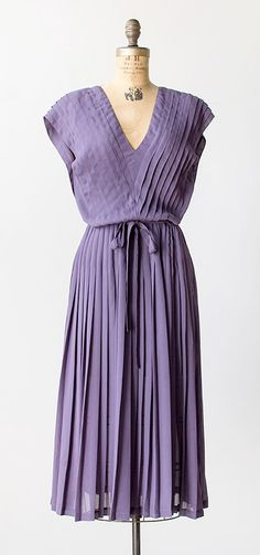 concord pleat dress | vintage 1980s Albert Nipon dress