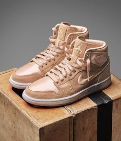 Women's Air Jordan I 'Ice Peach' from the 'Season of Her' collection