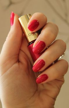 Best Loreal Nail Polish Reviews And Swatches – Our Top 10
