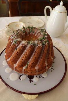 Thymian-Zitronen-Kuchen nach einem Rezept von Nigella Lawson