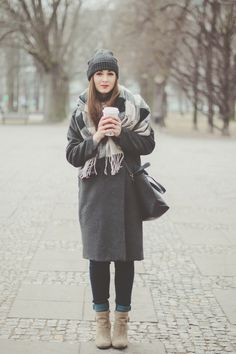 Wearing gray once again | Outfit | Maddinka