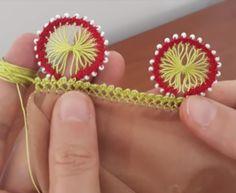 Çatalla Kum Boncuklu Oya Yapılışı Knit Crochet, Weaving, Embroidery, Knitting, Create, Floral, Youtube, Tips, Craft