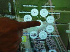 Militärische Lagekarte auf dem Microsoft Surface - gute Idee für Auswahl und Zuordnung von Pins (Einheiten) auf Karte - taktische zeichen zur Darstellung der Lage gut erklärt