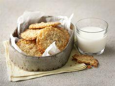 Inkiväärille maistuvat kauraleivät maistuvat tuoreina maitolasillisen kanssa.