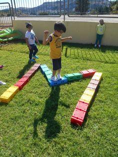 ΣΗΜΕΡΑ ΠΑΙΞΑΜΕ ΚΙ ΕΜΕΙΣ ΤΟ ΥΠΕΡΟΧΟ ΠΑΙΧΝΙΔΙ ΤΗΣ  ΦΙΛΗΣ ΜΟΥ ΚΑΛΛΙΟΠΗΣ ΠΑΠΟΥΤΣΑΚΗ ~~ΤΟ ΟΝΟΜΑ ΜΟΥ ..ΔΡΟΜΟ ΚΑΝΩ~~ ΠΟΥ ... Name Activities, Activities For Kids, Phonological Awareness, Little My, Autumn Inspiration, Games For Kids, Literacy, Picnic Blanket, Back To School