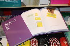 Una librería; la efe ene a ce, un libro; el Select K, una mención; Tiovivo. Emocionante, como nuestra marca.  www.tiovivo.org
