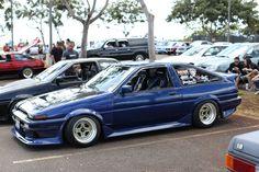 blue AE86 Jubiride Hachiroku