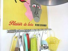 de vieilles affiches Clothes Hanger, Posters, House, Coat Hanger, Hangers, Hangers For Clothes, Clothes Racks