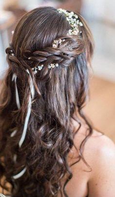 Coiffure mariage cheveux longs lachés bouclés - http://lookvisage.ru/coiffure-mariage-cheveux-longs-lachs-boucls/ #Cheveux #Beauté #tendances #conseils