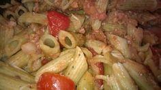 Tupun tupa: Tomaattinen kinkku-pasta jääkaapin tähteistä.