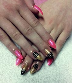 #pink #gold # stripes #trendy #nails