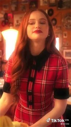 Riverdale Cheryl, Riverdale Cast, Naruto Facts, Mix Video, Riverdale Aesthetic, Adventure Aesthetic, Madelaine Petsch, Dance Choreography Videos, Betty Cooper