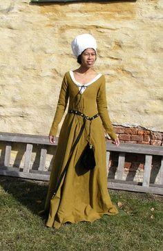 Stehfalten Kleid?
