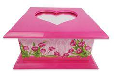 Caixinha com espelho, feito de de plastico e forrado com detalhes bem bonitos  Cor: Pinck  Mais produtos no nosso site: www.s2store.com.br