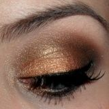 I love to do this eye all the time, it coordinates well with my Mizzou attire:)
